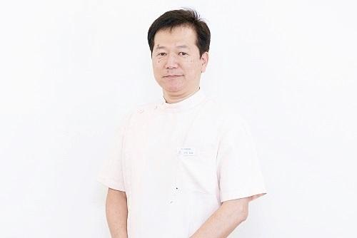 白石 友信 歯科医師 桃山白石歯科医院 院長